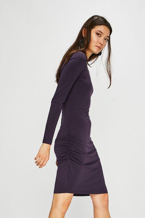 Sukienka damska fioletowa dopasowana z ozdobnymi marszczeniami