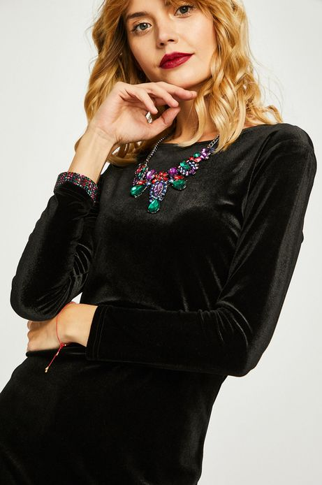 Sukienka damska czarna z koronkowymi wstawkami na plecach