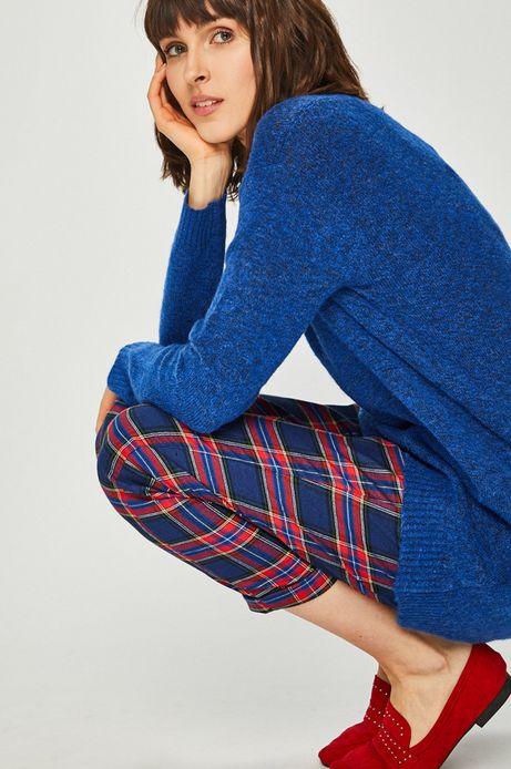 Sweter damski fioletowy zakładany przez głowę