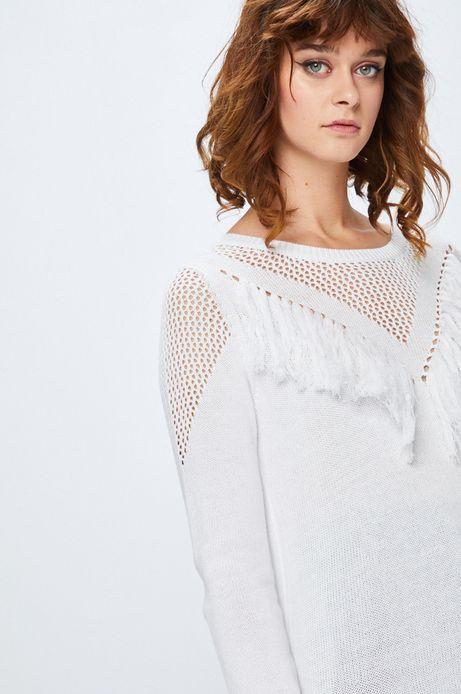 Sweter damski biały cienki z ozdobnymi frędzlami