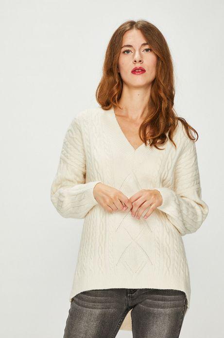 Sweter damski kremowy ze szpiczastym dekoltem