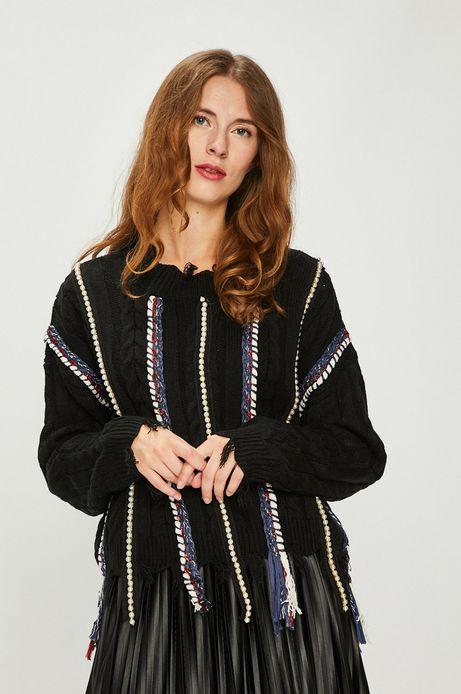 Sweter damski czarny gruby z ozdobnymi wstawkami