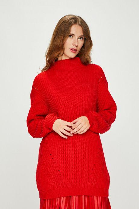 Sweter damski czerwony długi z golfem
