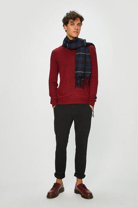 Sweter męski czerwony ze szpiczastym dekoltem