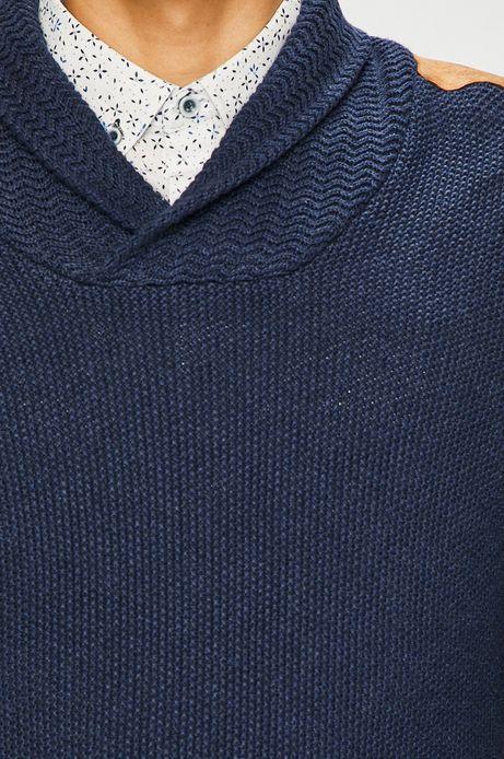 Sweter męski granatowy z efektownym dekoltem