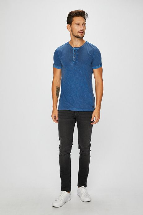 T-shirt męski niebieski z zapinanym dekoltem