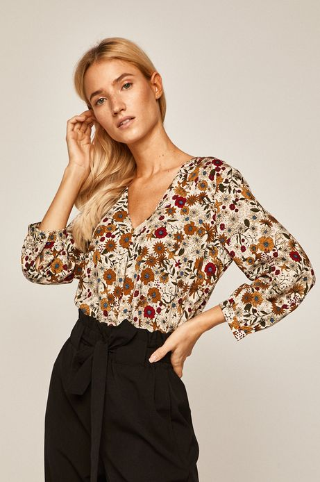 Koszula damska ze spiczastym dekoltem kremowa