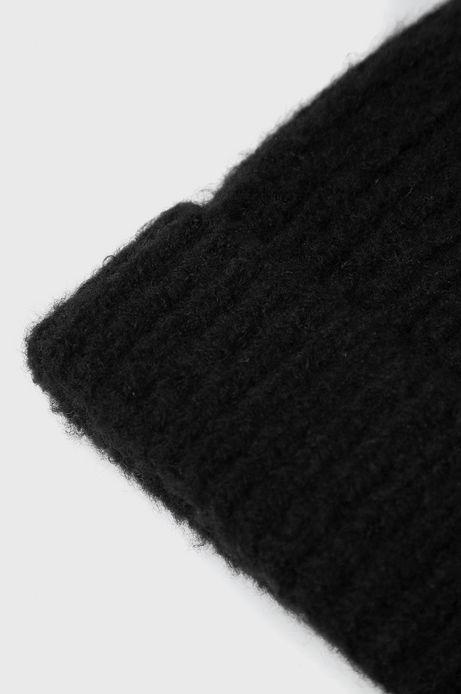 Czapka z wywijaną krawędzią czarna