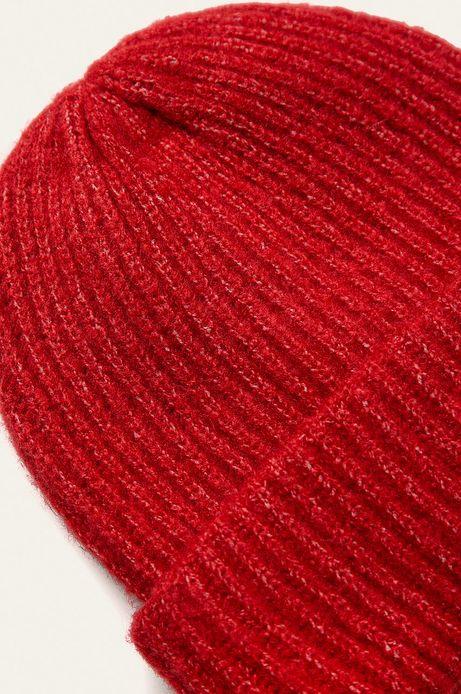 Czapka damska z wywijaną krawędzią czerwona