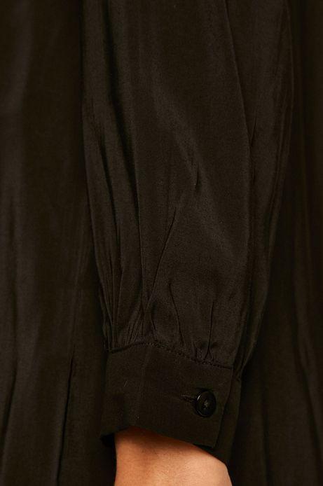 Koszula damska z kieszonką czarna