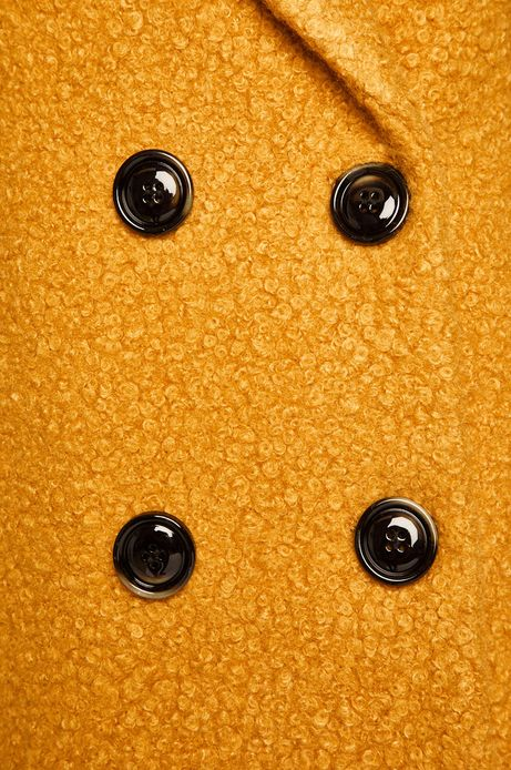 Płaszcz damski dwurzędowy żółty