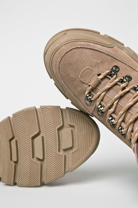 Buty damskie skórzane beżowe