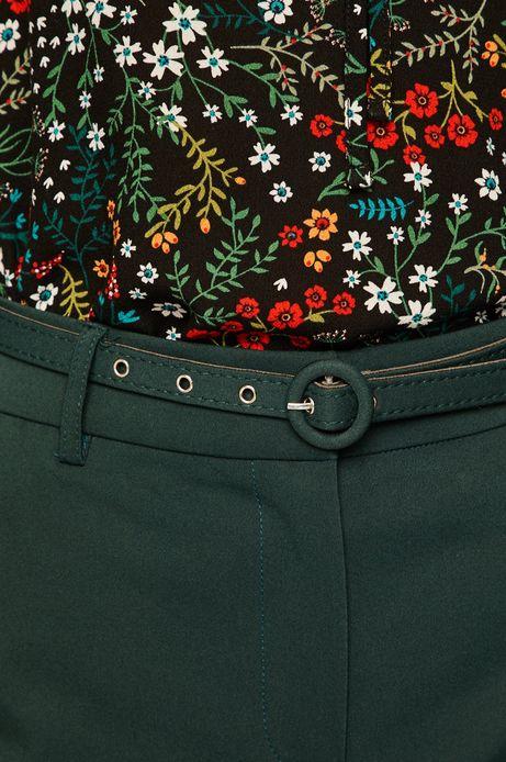 Spodnie damskie ze zwężanymi nogawkami zielone