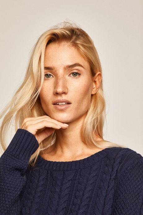 Sweter damski z warkoczowym splotem granatowy