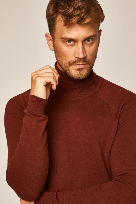 Sweter męski z golfem brązowy