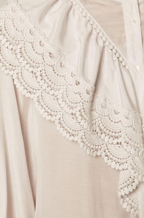 Koszula damska z koronkowym elementem biała