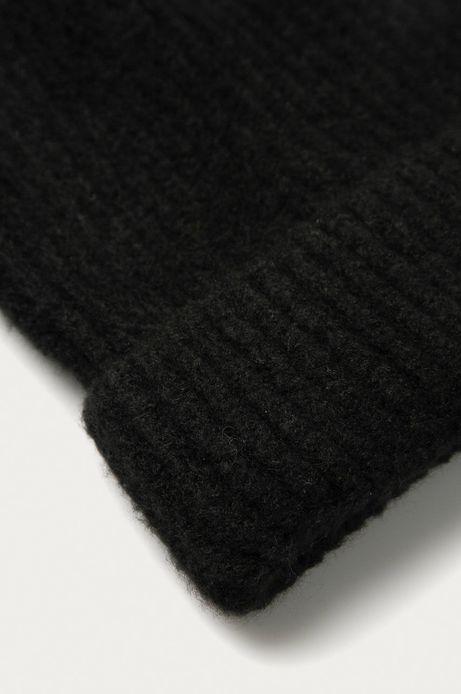 Czapka damska Basic z wywijaną krawędzią czarna