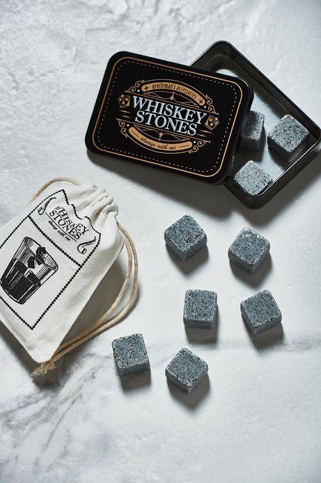 Kości do chłodzenia whisky