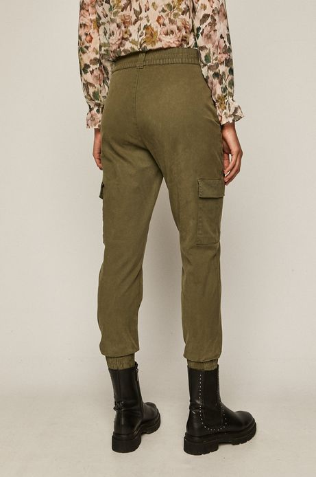 Spodnie damskie joggery z kieszeniami cargo zielone
