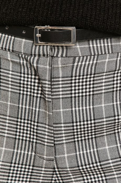 Spodnie damskie w kratkę czarne