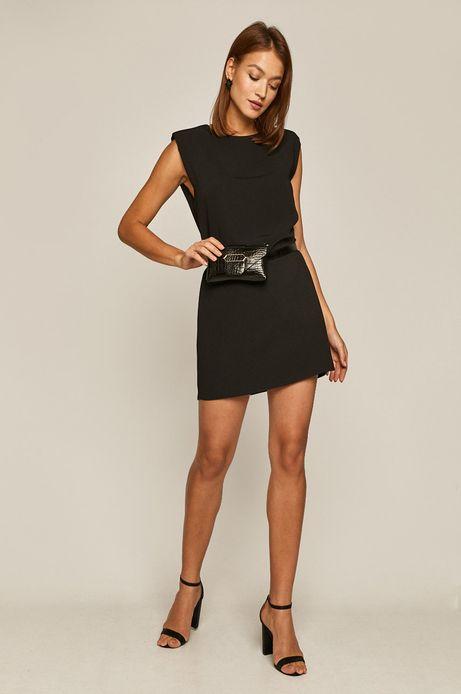 Sukienka damska o prostym kroju z poduszkami na ramionach czarna