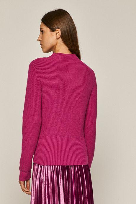 Sweter damski z półgolfem różowy