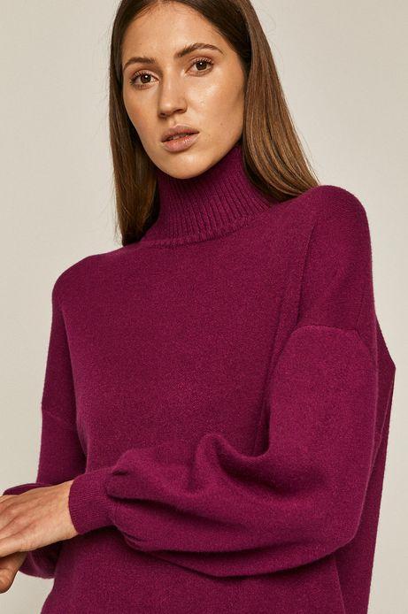 Sweter damski z golfem różowy