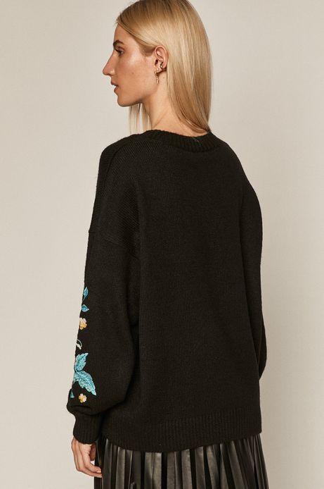 Sweter damski z aplikacją czarny