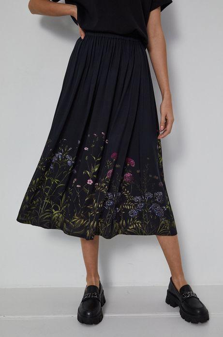 Rozkloszowana spódnica damska czarna
