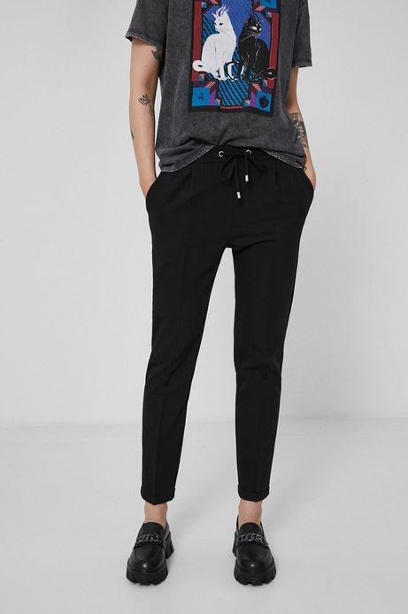 Spodnie damskie z nogawką w kant czarne