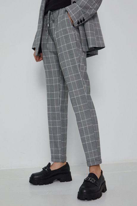 Spodnie damskie w kratkę z nogawką w kant