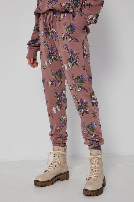 Spodnie damskie dresowe w kwiaty różowe