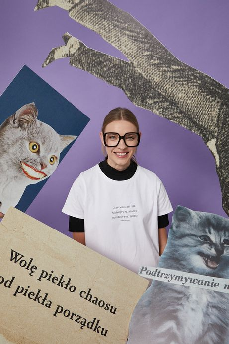 T-shirt bawełniany damski biały z kolekcji Możliwości - Fundacja Wisławy Szymborskiej