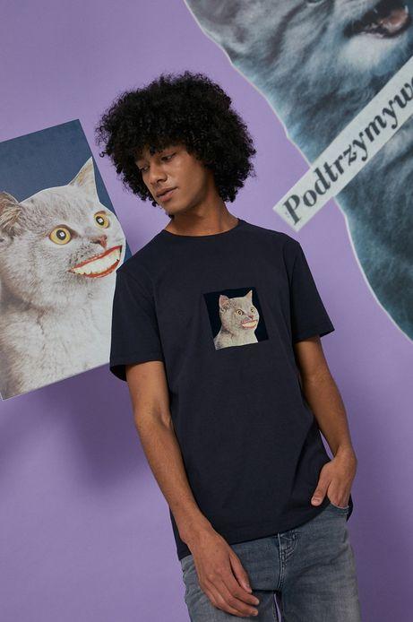 T-shirt bawełniany męski granatowy z kolekcji Możliwości - Fundacja Wisławy Szymborskiej