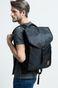 Plecak Less Is More czarny