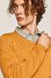 Sweter męski z dekoltem w serek żółty