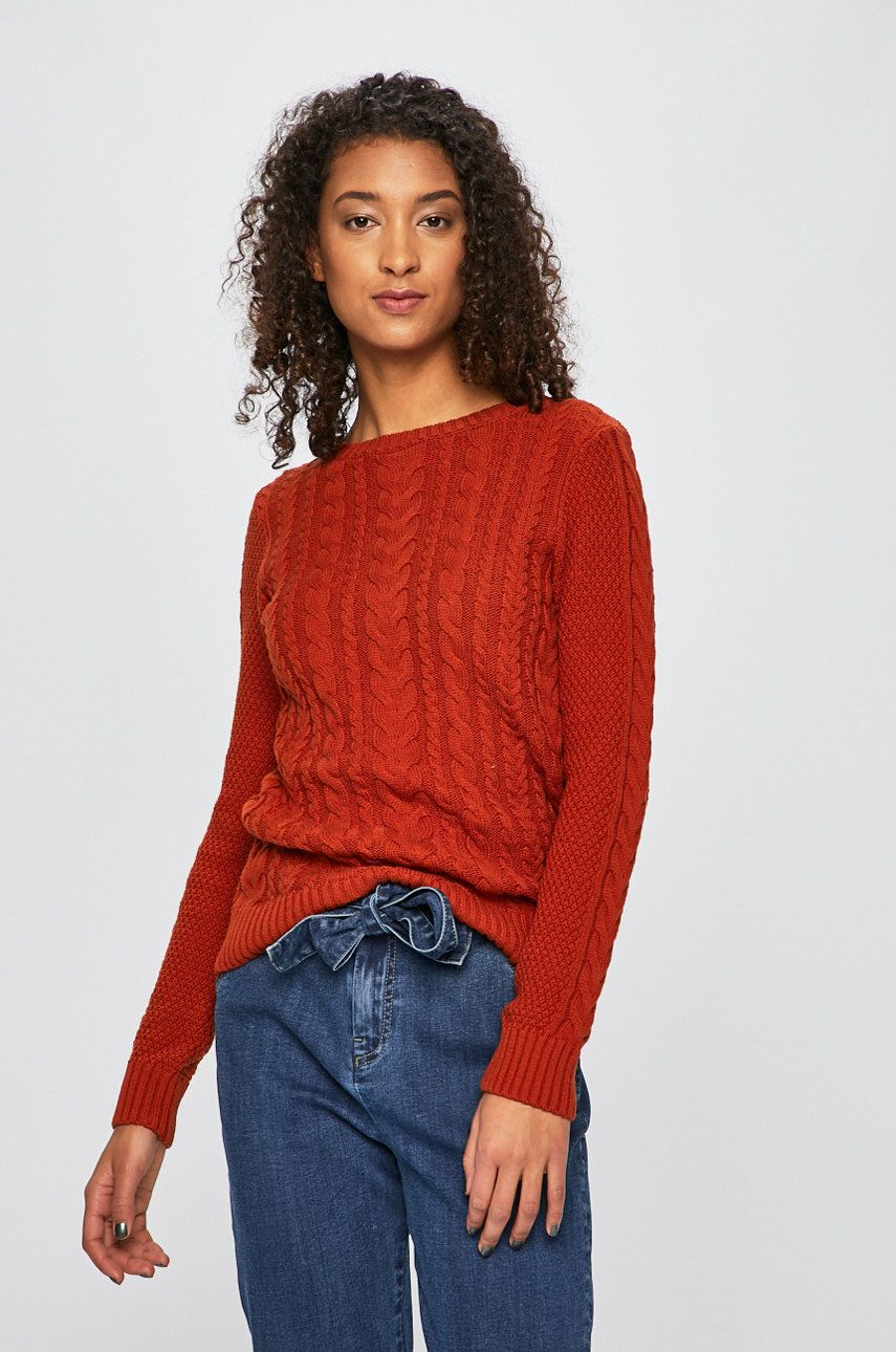 0455448f6f Sweter damski ze splotem w warkocze pomarańczowy